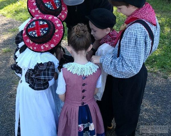 Eurico Salis clica crianças da comunidade alemã. Foto: João Mattos